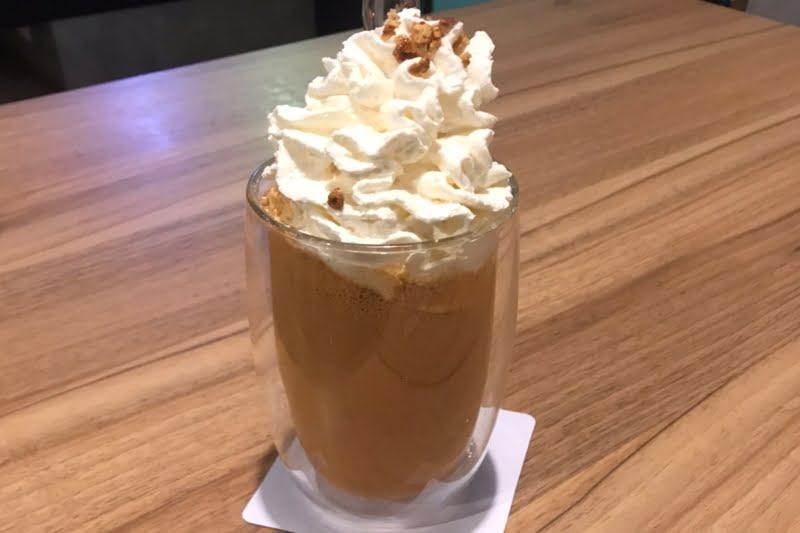 タニヤ通り近辺で待ち合わせや商談に便利・WIFIカフェ喫茶店一覧