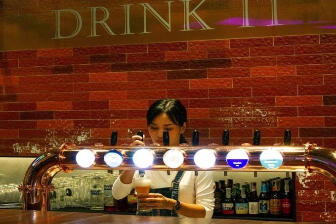 タニヤから近いお洒落で気軽なビールカフェ「TAP IT」 場所と値段